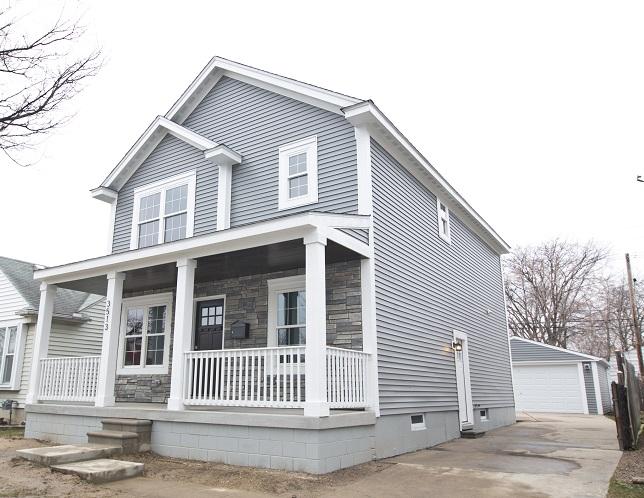 We buy houses for cash in Harper Woods
