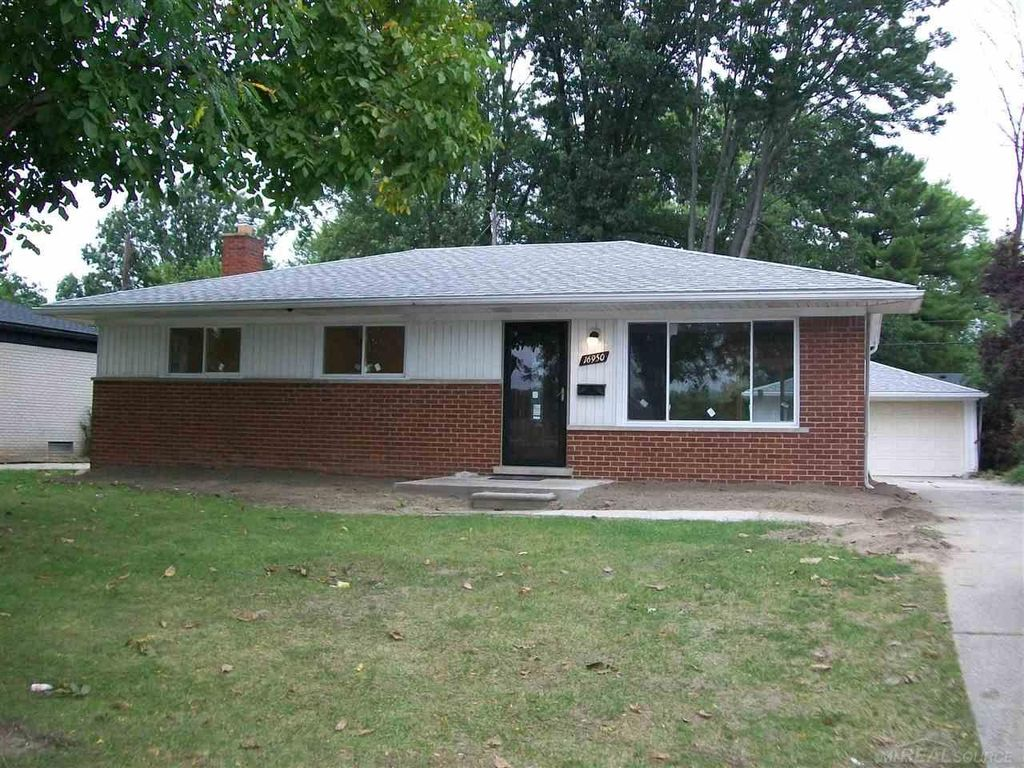selling a h¬ouse in probate in Shelby Township